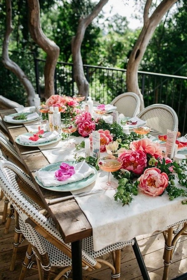 Ideas for decorating outdoor tables | My desired home on Backyard Table Decor id=88962
