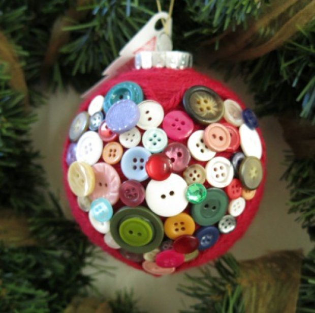 Christmas DIY crafts from buttons (1)