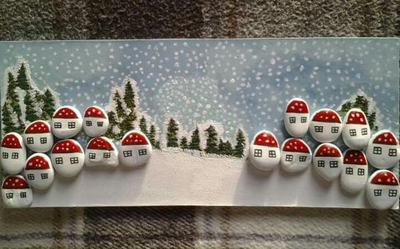 Christmas painting on stones and pebbles (4)
