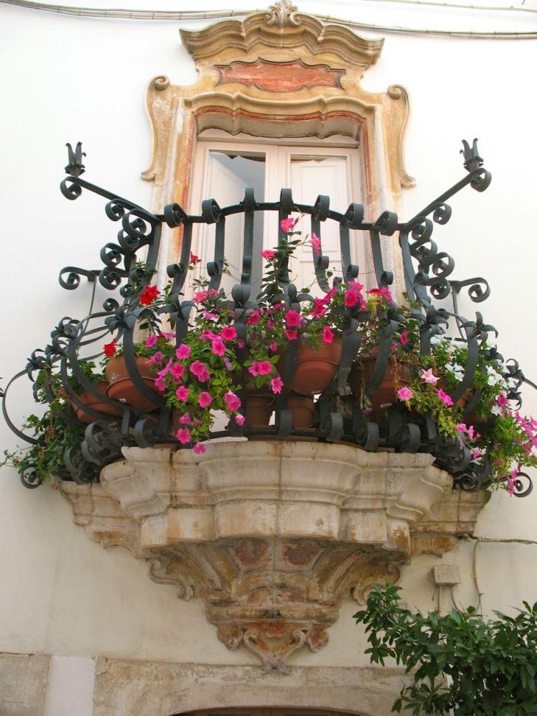 mydesiredhome - blooming balconies ideas7