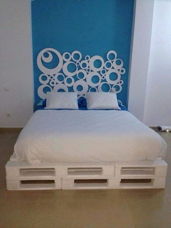Pallets Bed Ideas16