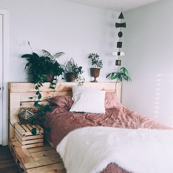 Pallets Bed Ideas3