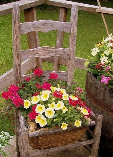 old chairs planters5