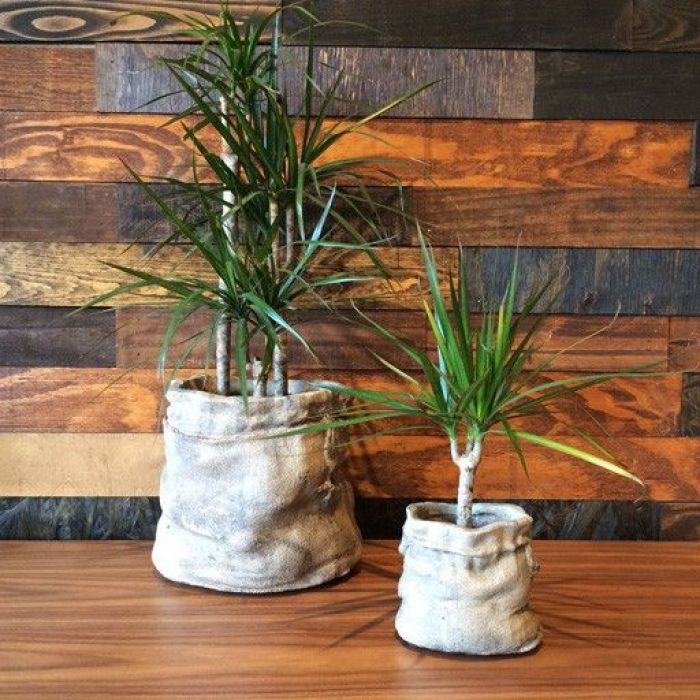 How To Make Amazing DIY Concrete Sack Pots