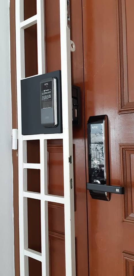EPIC 809L Card Digital Lock with EPIC Gate Lock at $899 for HDB Fire Rated Door in Singapore