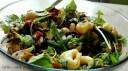 Sałatka z rukolą, tortillini, suszonymi pomidorami