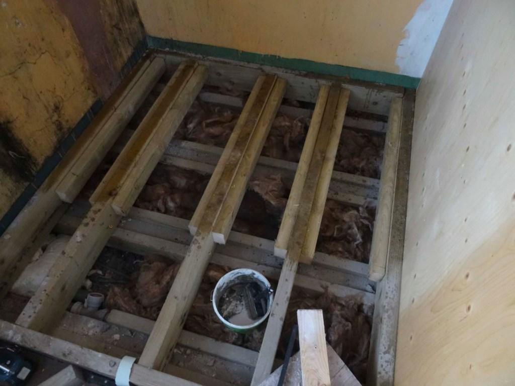 shower floor - subfloor and insulation
