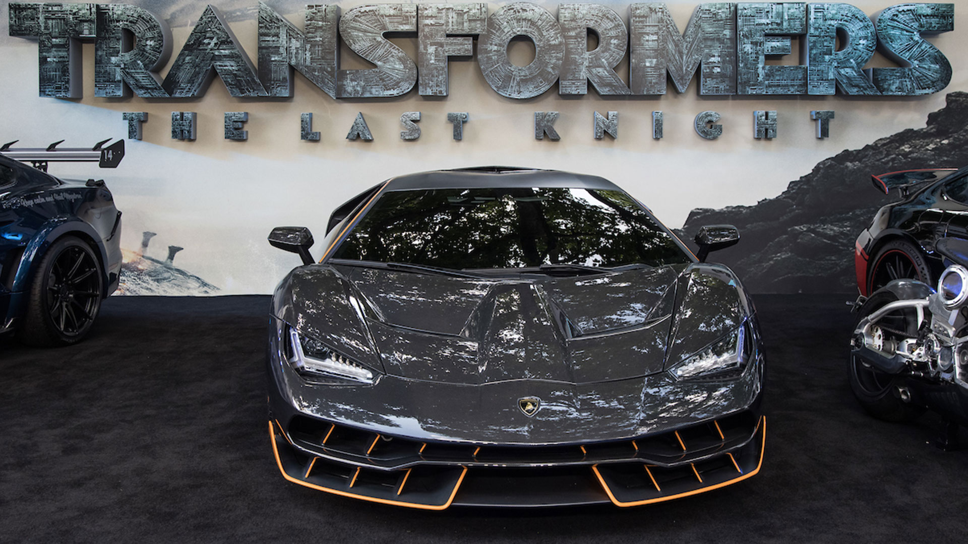 THE LAMBORGHINI CENTENARIO AT THE TRANSFORMERS