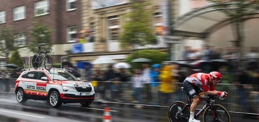 Tour de France: ŠKODA KAROQ inspires the masses