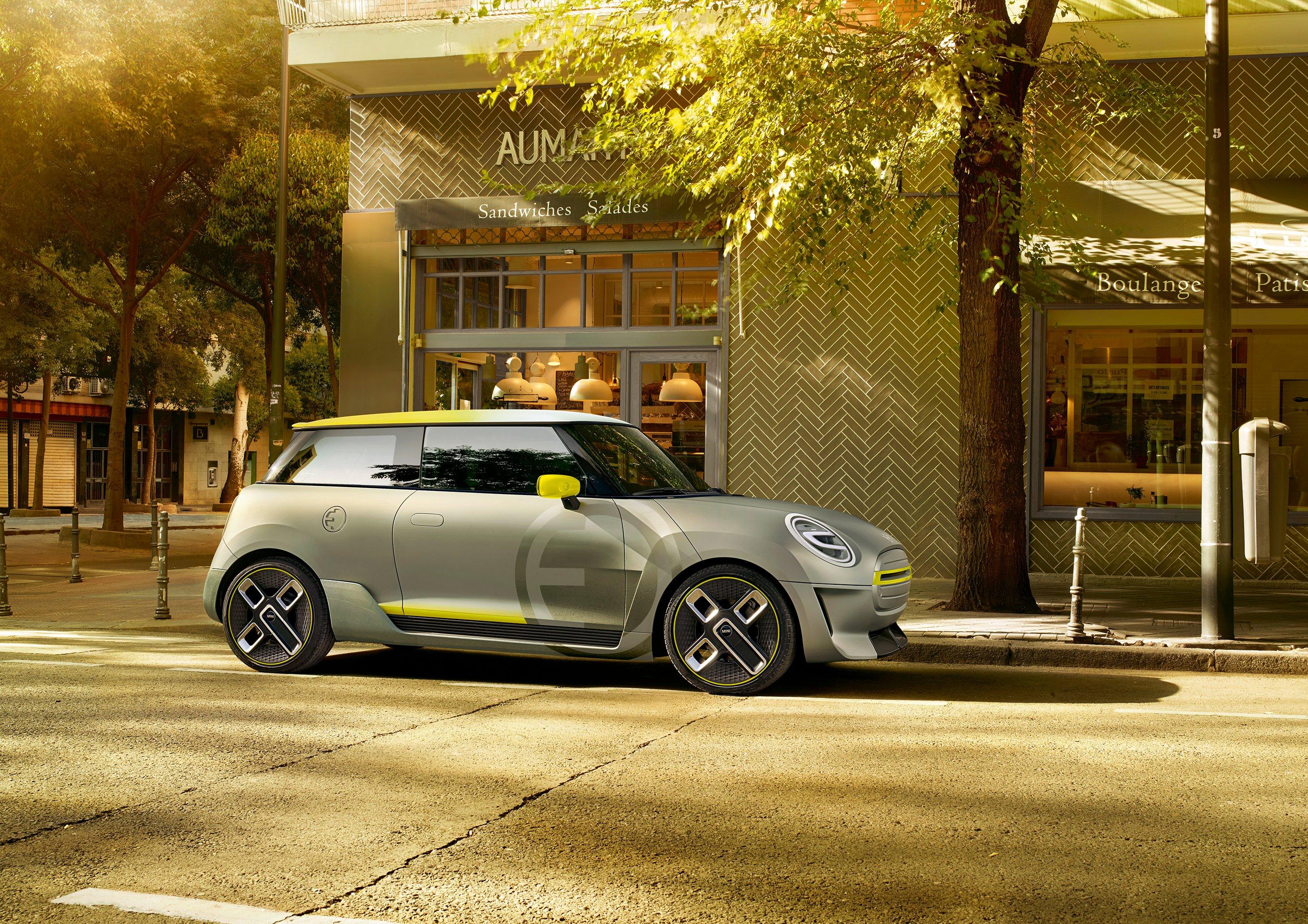 MINI presents pure-electric design study at the IAA: the MINI Electric Concept, complete with iconic design and urban driving fun.