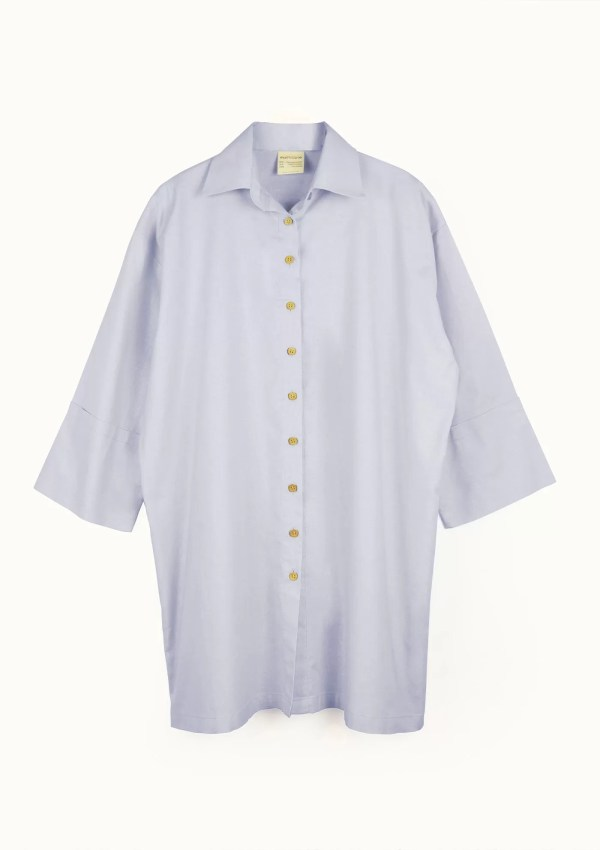 Light blue cotton shirt with medium sleeves - front