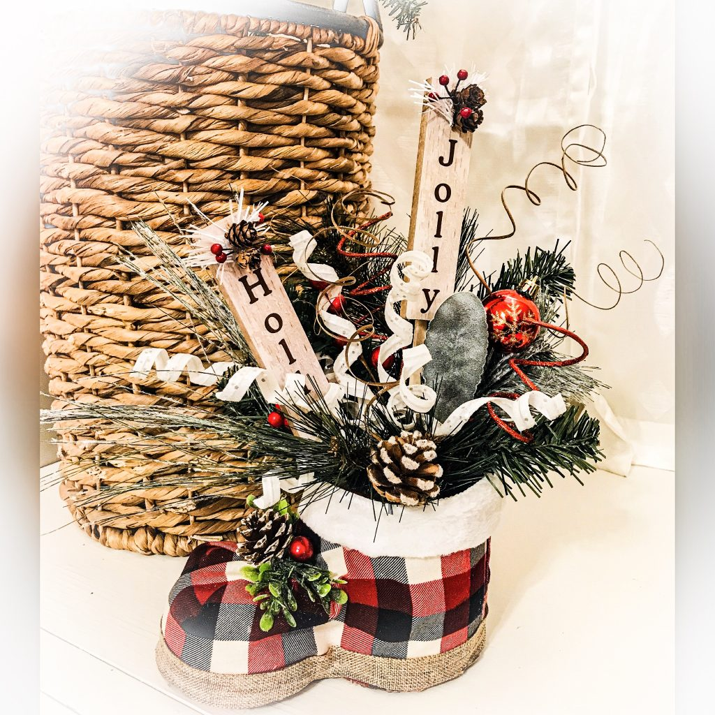 Soda Bottle Crafts – Christmas Boot Centerpiece