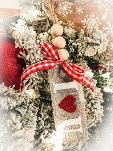 pallet wood valentines ornaments