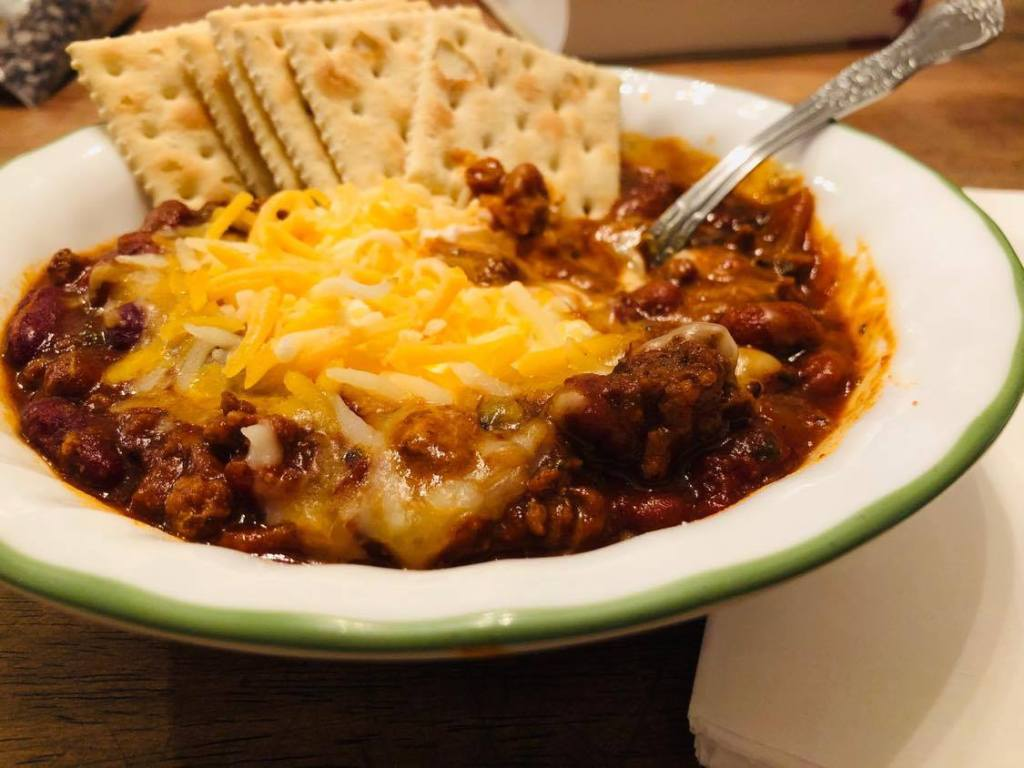 chili with cheese and crackers for a recipe