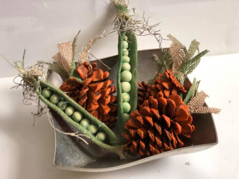 pinecone carrot | carrot craft | pinecone craft | easter craft | carrot craft | #pineconecarrot