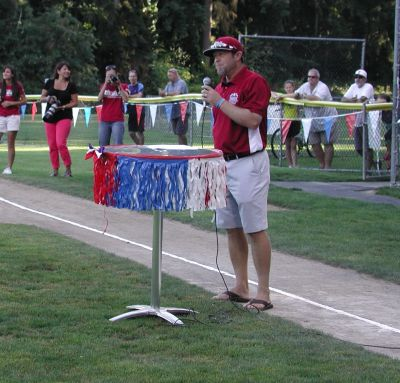 Team manager Robley Corsi Jr. speaks to the crowd.