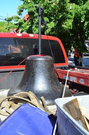The original 1890's Edmonds School Bell arrived back in town after 2 weeks of R and R at the Meadowgate Steel Shop in Stanwood.  Years of rust and corrosion have been rubbed down with oil, to give the bell a deep patina.  See photos of the bell removal here.