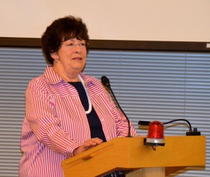 State Sen. Maralyn Chase speaks to the Edmonds City Council Tuesday night.
