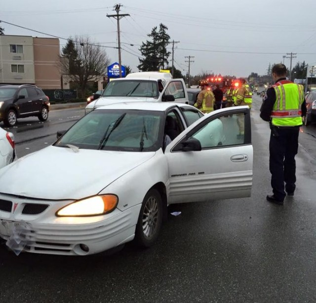Happening Nearby: Minor Injuries In Hwy 99 Car Crash