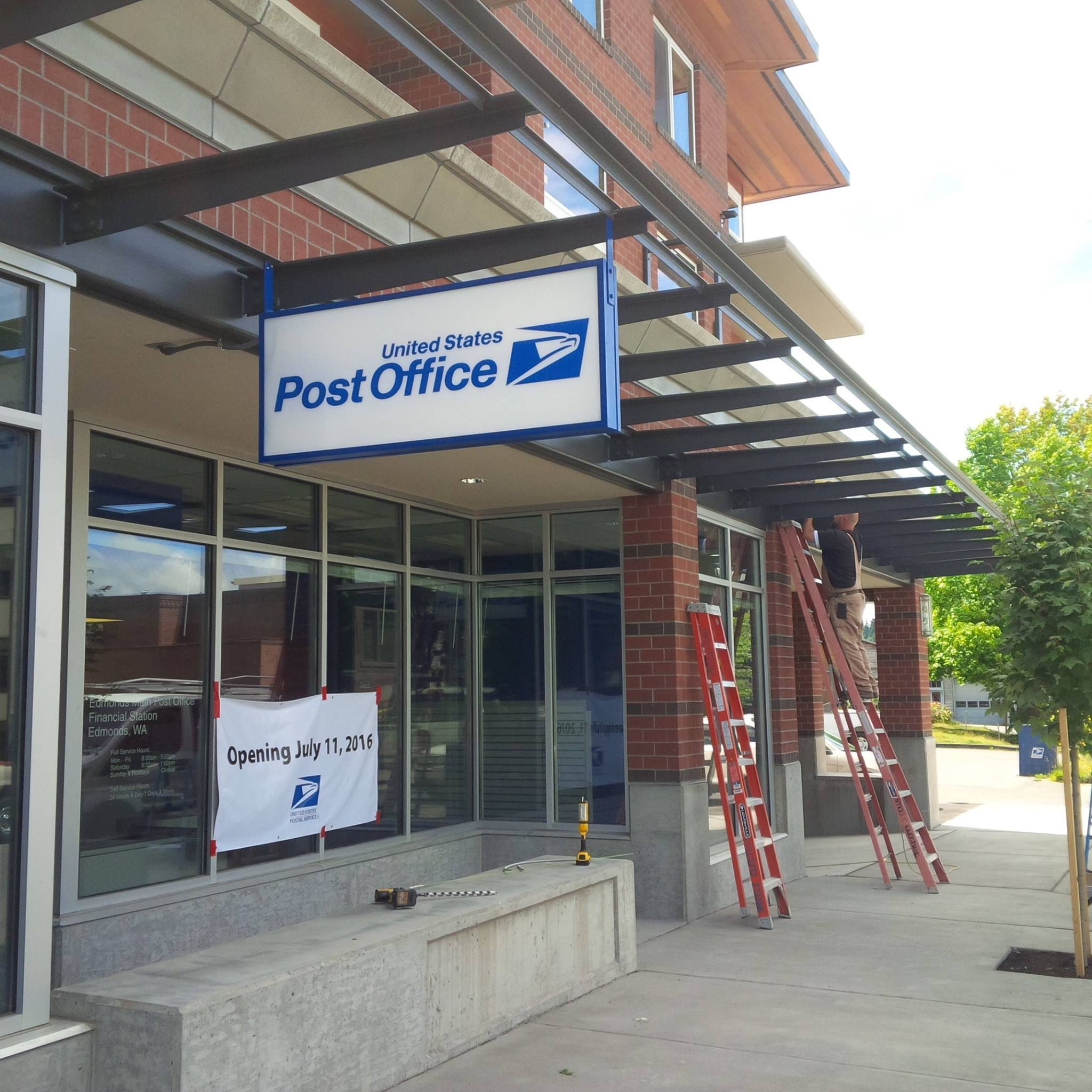 Scene In Edmonds: New Downtown Post Office Almost Ready