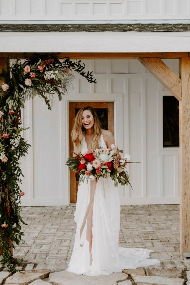 the_barn_at_riverbend_wedding_summer-17