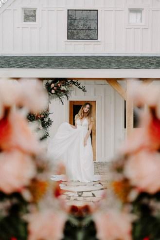 the_barn_at_riverbend_wedding_summer-19