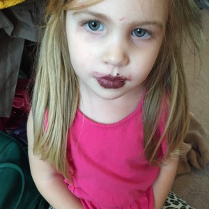 lennon makeup