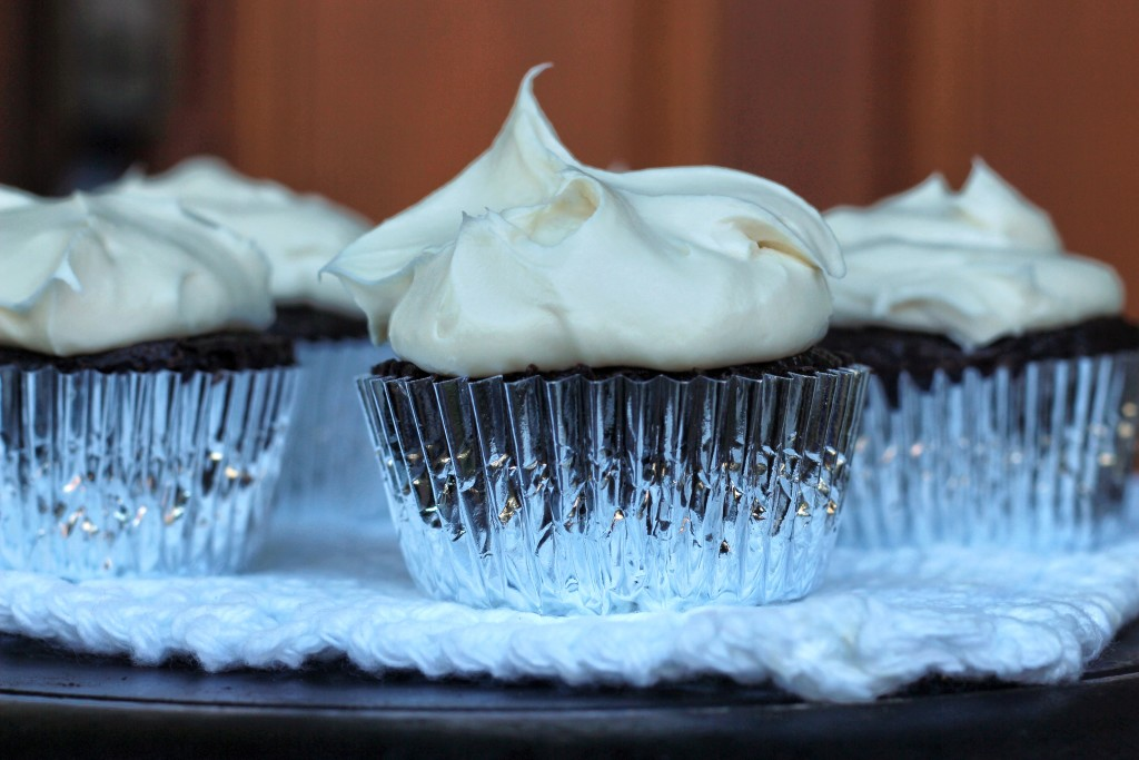 cupcakes silver lining