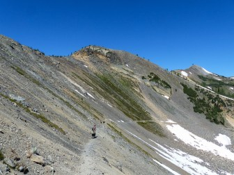 We started out on the Buckskin trail descending into the basin below Slate Peak
