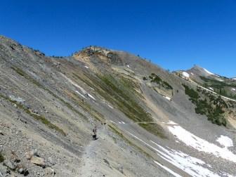 We started out on the Buckskin trail descending into the basin below Slate Peak