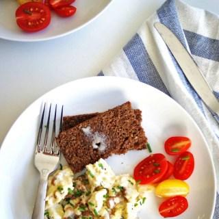 Anthony Bourdain Scrambled Eggs | easiest, creamiest scrambled eggs