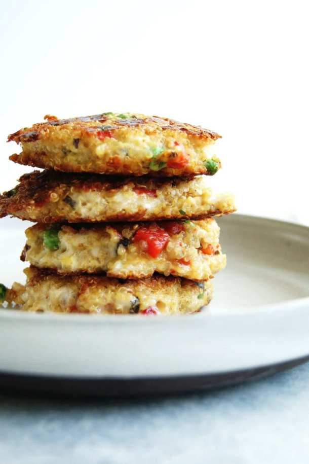 Nutritious little quinoa cakes, perfect for any time of the day.