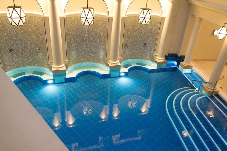 An image of the main pool of the Gainsborough Bath Spa.