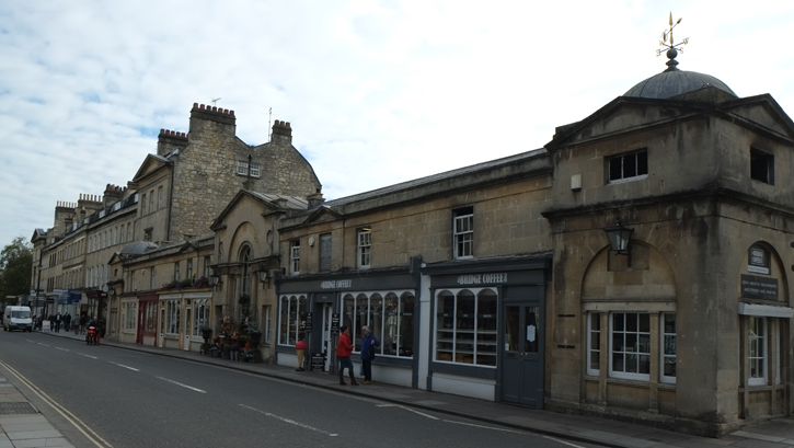 The shops on Pulteney Bridge