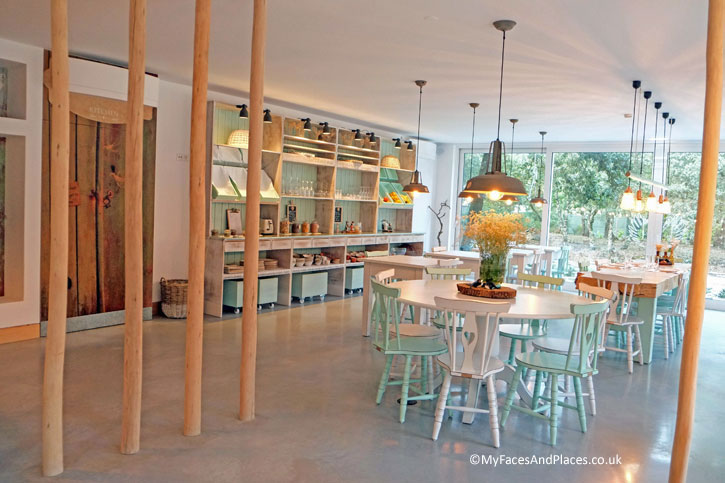 The bright and cheerful dining area of the Luz Houses.