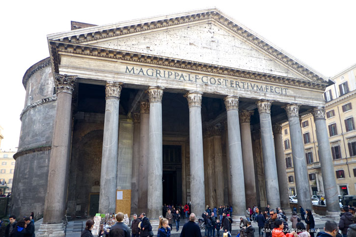 The Roman Pantheon in 118AD in Rome (A Roman Holiday)