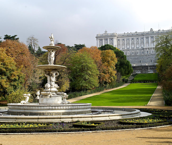 The Campo Del Moro Gardens - Madrid