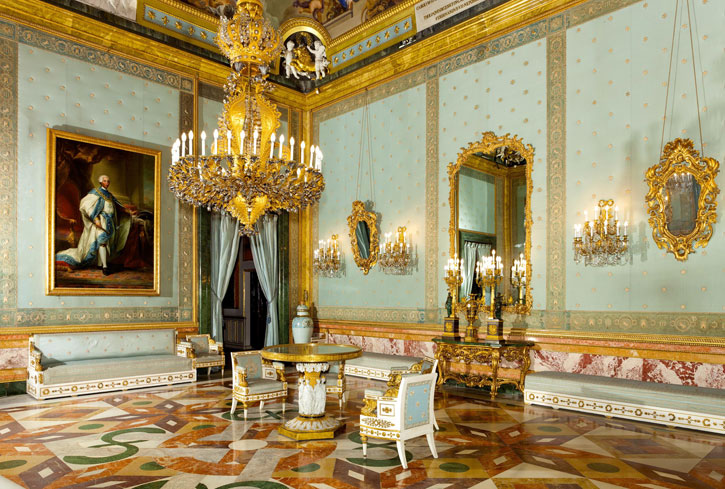 The splendid Chamber of Charles III (Photo Credit: Royal Palace Madrid)