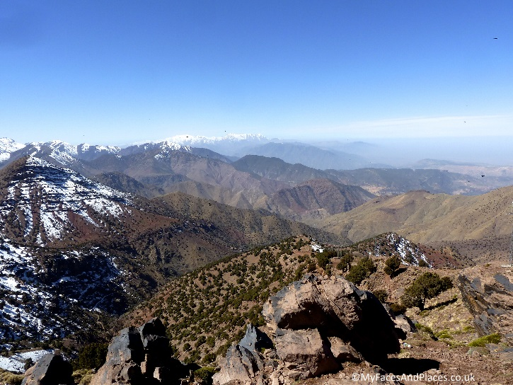 Chocolate-cake-dusted-with-icing sugar beauty of the High Atlas