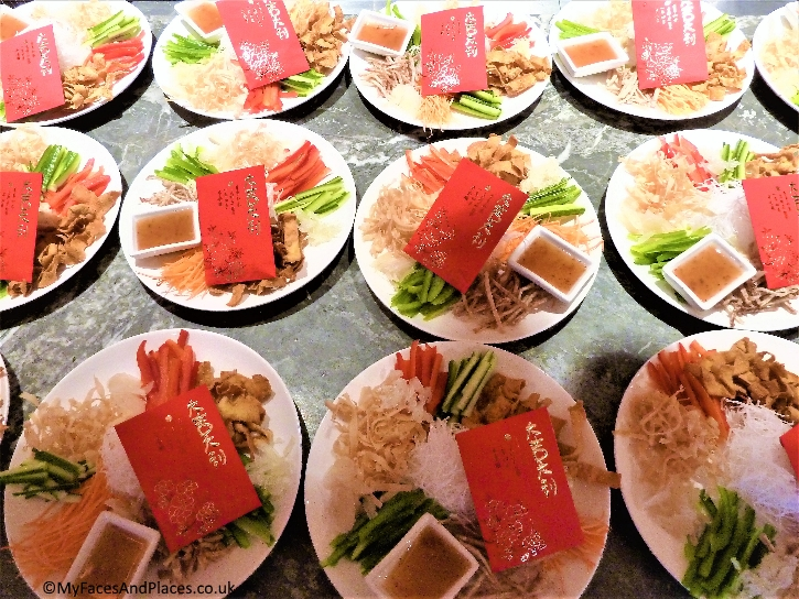 Individual Lo Sang served at each table