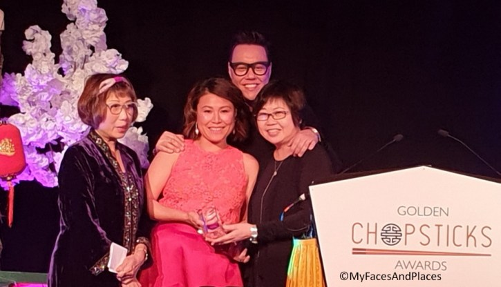 Ping Coombes (centre) winner of Best Food Influencer in UK