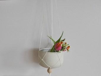 Pflanzhänger von Sinikka Harms Ceramics
