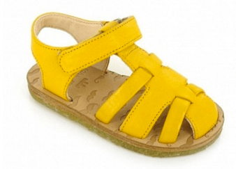 Quietschgelbe Sandalen von Easy Peasy