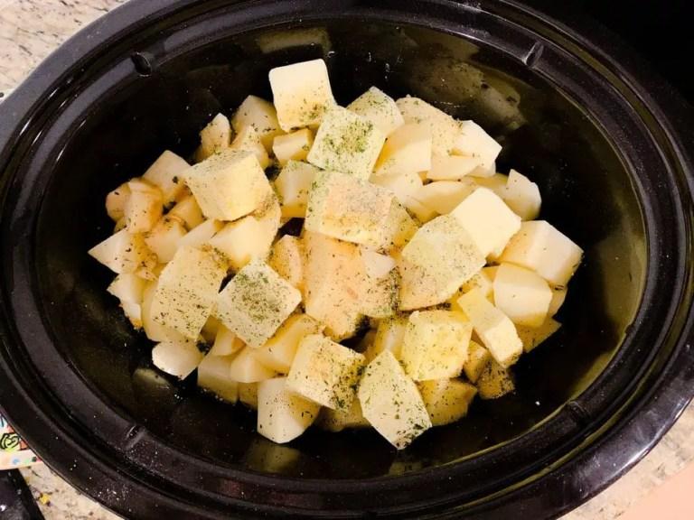 Freezer Mashed Potatoes | Freezer Potato Casserole Recipes | Best Frozen mashed Potatoes | freeze ahead potato recipes | could you freeze mashed potatoes | how to freeze potatoes | do mashed potatoes freeze well