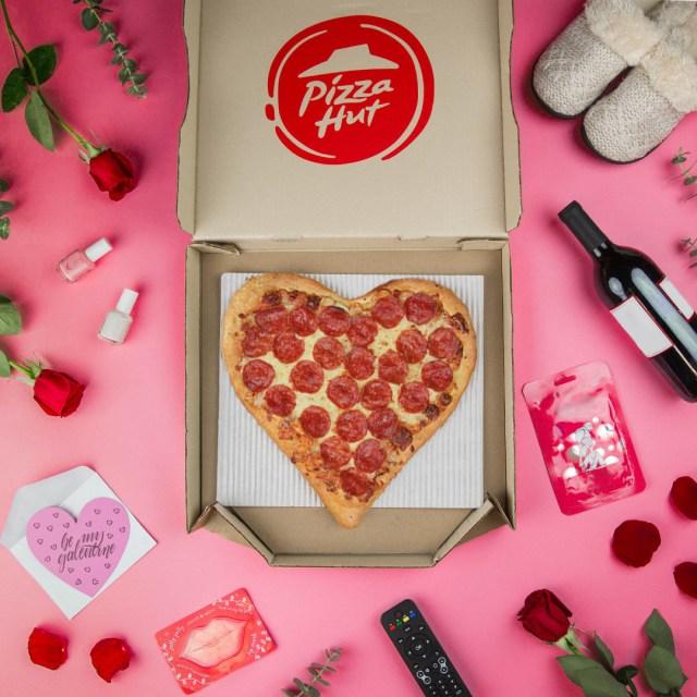 pizza hut heart shaped pizza