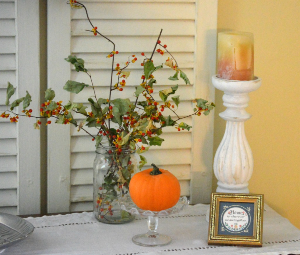 4 Simple Steps to Creating Vignettes on a Budget