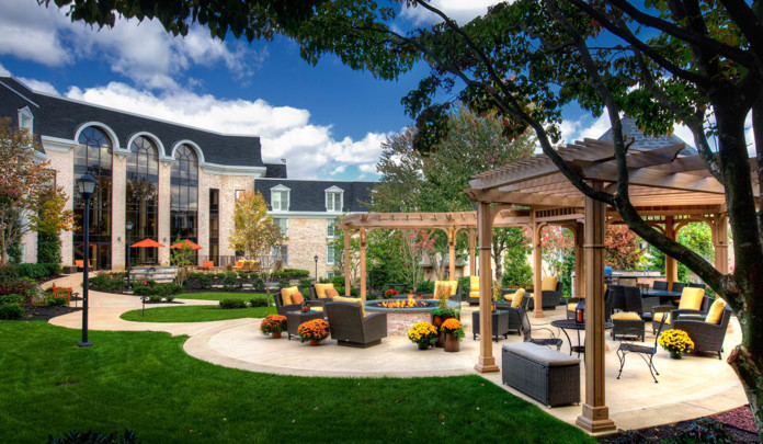 Ways to Upgrade Your Outdoor Living Space - MyFancyHouse.com on Fancy Outdoor Living id=75029