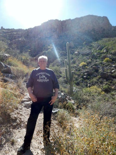 Sabino Canyon - Geezer and cactus
