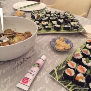 Sushi_Table_04