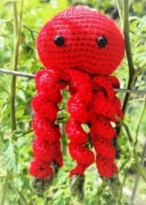 octopus tomato amigurumi